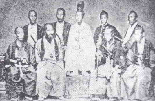 即位当初の少年京都明治天皇